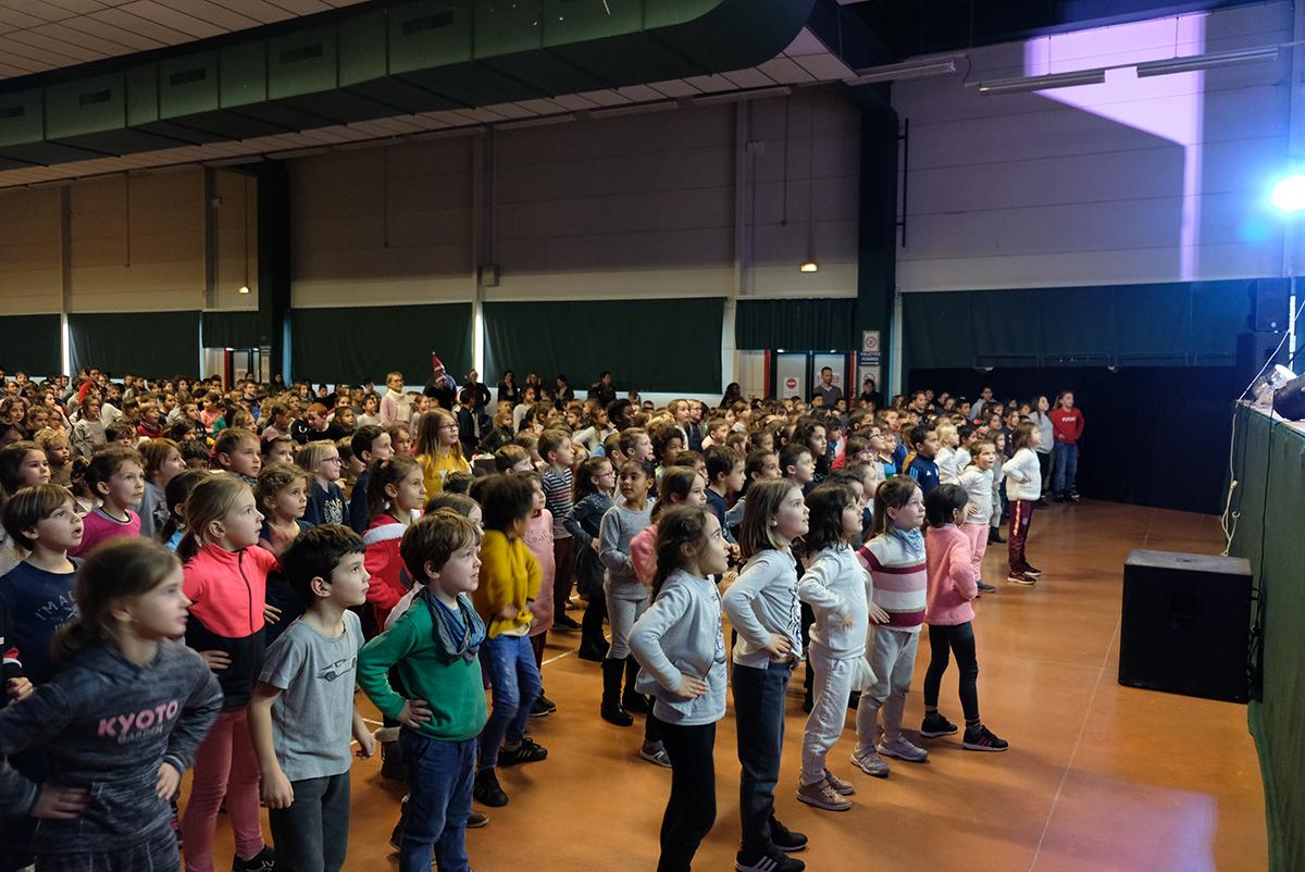 Spectacle noel 3 ecoles primaires 05