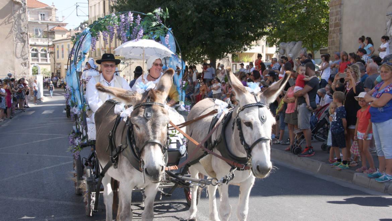 <span style='color:#8B1434;font-size:12px;'><bold> 15 et 26 août</bold> </span><br> Les Cavalcades dans nos villages